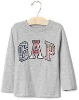 Gap Plaid logo tee