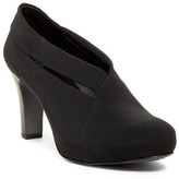 Eileen Fisher Peek Grosgrain Pump