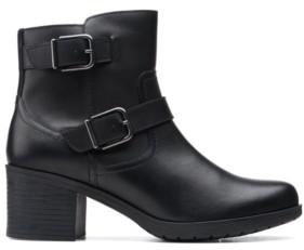 Clarks Collection Women's Hollis Sonar Boots Women's Shoes