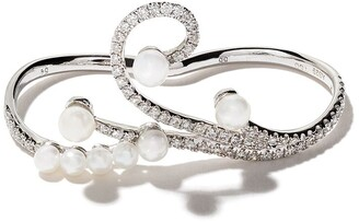 As 29 18kt white gold Lucy pearl and diamond two-finger ring