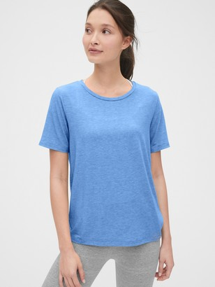 Gap GapFit Breathe Ruched T-Shirt