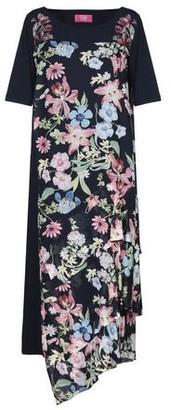 Vdp Club Knee-length dress