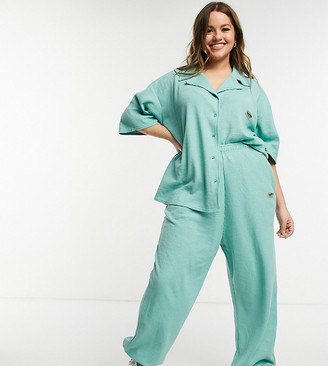 Loose Threads Plus relaxed lounge trackies in waffle co-ord