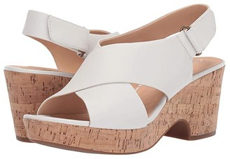 Clarks Maritsa Lara (Sand Suede) Women's Wedge Shoes