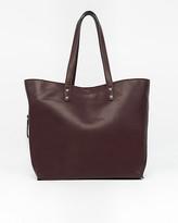 Le Château Leather-Like Tote Bag