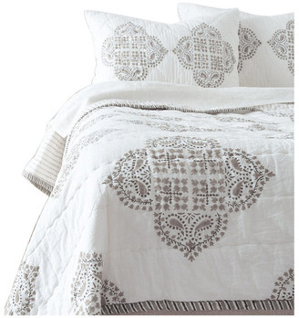 Amity Home Gianna Quilt Set, Gray, Queen