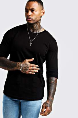 boohoo Basic 3/4 Sleeve Curved Hem V Neck T-Shirt