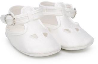 Le Bebé Enfant Perforated Crib Shoes