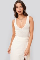 NA-KD Tina Maria X Cropped Knitted Singlet White