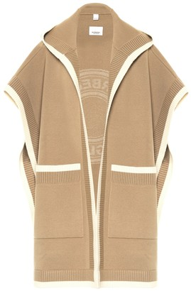 Burberry Wool and cashmere jacquard cape
