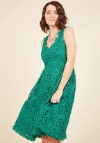 ModCloth Look on the Bridesmaid Side Lace Dress in Emerald in XS