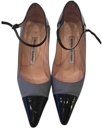 Manolo Blahnik Black Patent leather Heels