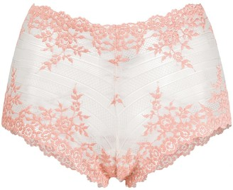 Wacoal Embrace lace shorty knickers