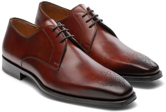 Magnanni Rand Medallion Toe Derby