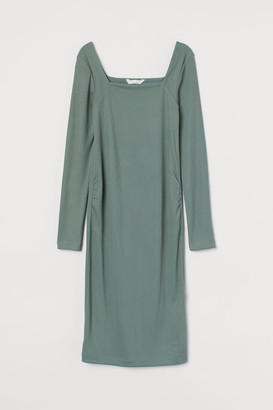H&M MAMA Ribbed dress