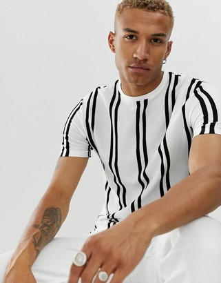 Topman t-shirt in vertical white & black stripe