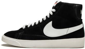 Nike Womens Blazer MID Vintage Suede Shoes - Size 8.5W