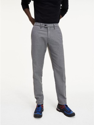 Tommy Hilfiger Tapered Fit Stretch Chino