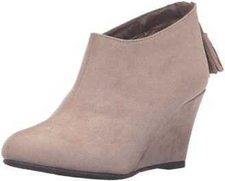 Chinese Laundry Women's Via Wedge Bootie