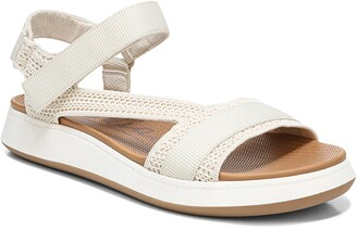 Zodiac Cloe Water Resistant Platform Sandal
