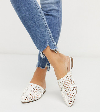 Co Wren Wide Fit pointed flat mules in white woven