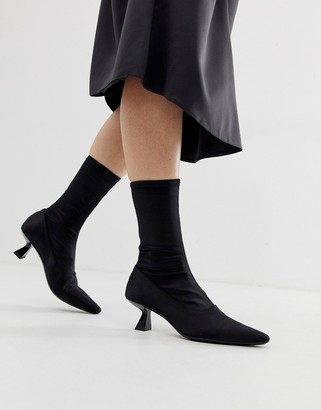 Vagabond Lissie pointed heeled ankle boot in stretch fabric