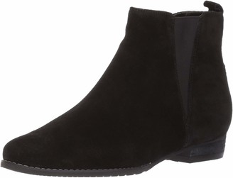 Blondo Women's Loxx Waterproof Ankle Bootie
