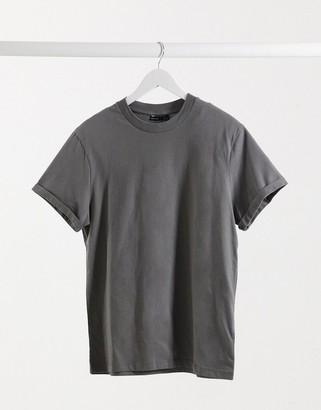 ASOS DESIGN T-shirt with roll sleeve in dark grey