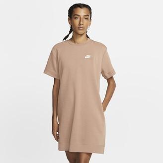 Nike Women's Dress Sportswear Tech Fleece