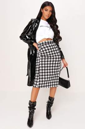 I SAW IT FIRST Black Dogstooth Print Split Front Midi Skirt