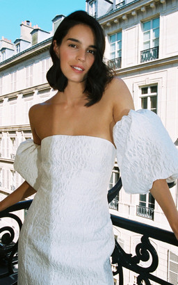 Donatelle Godart Bridal The Perfect Kiss Dress
