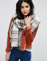 Pieces Long Checked Scarf in Moonbeam