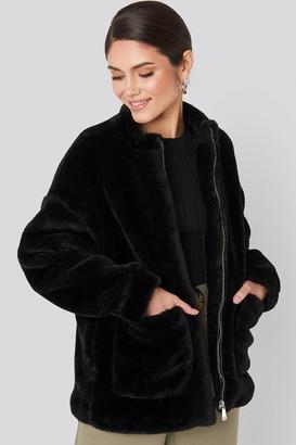 NA-KD Short Front Pocket Faux Fur Jacket