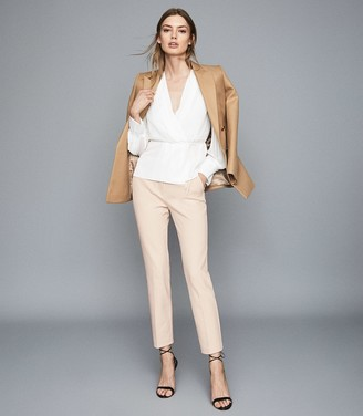 Reiss Joanne - Cropped Tailored Trousers in Cream
