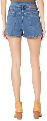 Rock and Roll Cowgirl High-Rise Denim Shorts in Medium Wash 68H8203