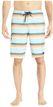 O'Neill Santa Cruz Stripe Boardshorts (Slate) Men's Swimwear