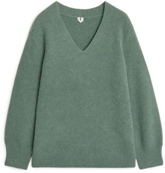 Arket Alpaca V-Neck Sweater