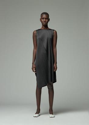Pleats Please Issey Miyake Women's Sleeveless Drape Dress in Black Size 3 100% Polyester