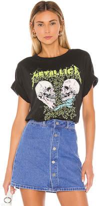 Daydreamer Metallica Skull Duel Boyfriend Tee