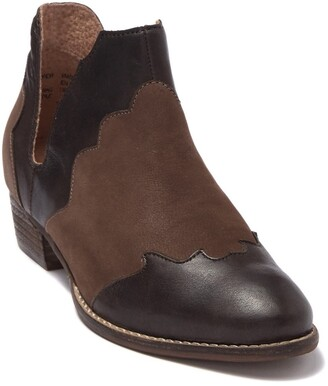Seychelles Two-Tone Reservoir Leather Boot