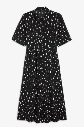 Monki Belted button-up shirt dress