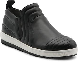 Mootsies Tootsies Giggle Slip-On Sport Shoe