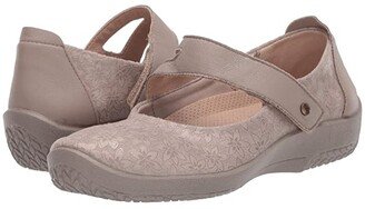 ARCOPEDICO Cosmo (Taupe Agatha) Women's Shoes