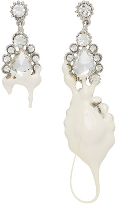 Ottolinger Off-White Dipping Asymmetrical Earrings