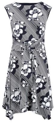 Dorothy Perkins Womens *Izabel London Multi Coloured Floral Print Tie Waist Tea Dress