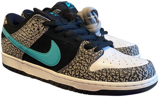Nike SB Dunk Black Patent leather Trainers