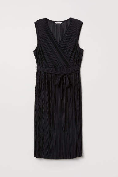 H&M MAMA Pleated Dress - Black