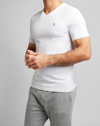Express Solid Slim Stretch V-Neck T-Shirt