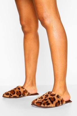 boohoo Fluffy Leopard Slipper