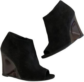 Burberry Black Suede Ankle boots